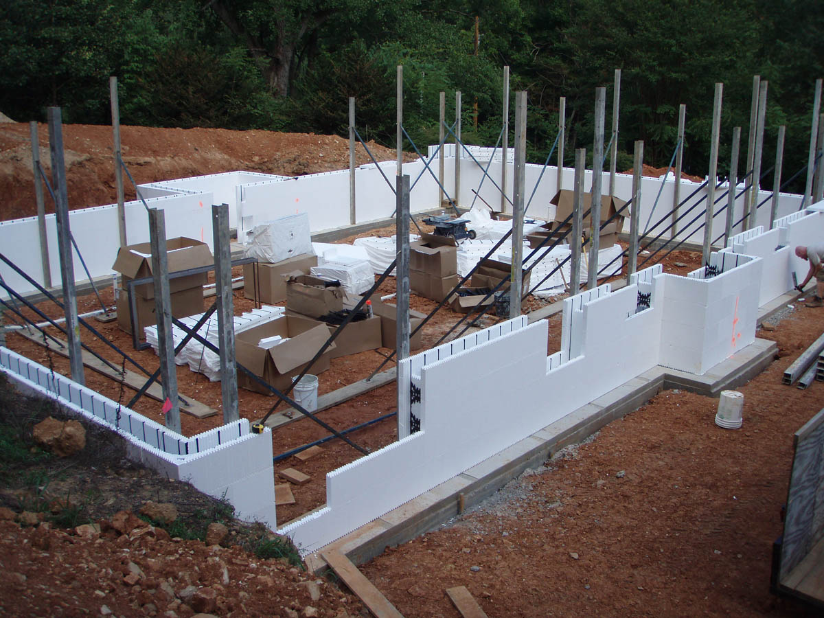 Icf home with basement the hybrid group inc for Icf basement